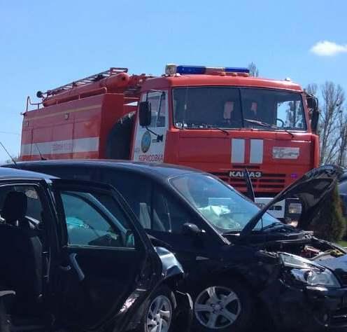 Спасатели МЧС России приняли участие в ликвидации ДТП в поселке Борисовка