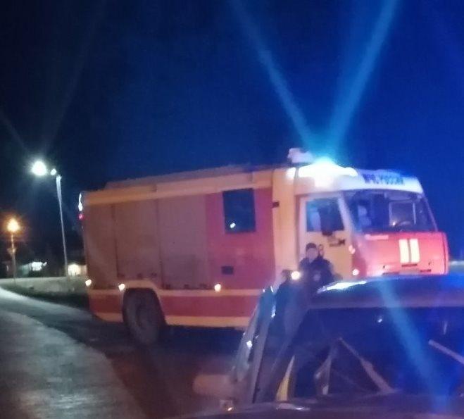 Спасатели МЧС России приняли участие в ликвидации ДТП в городе Губкин Белгородской области