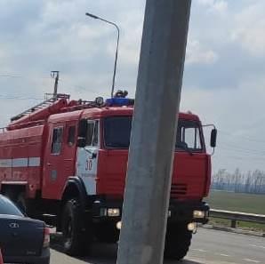 Спасатели МЧС России приняли участие в ликвидации ДТП в поселке Прохоровка