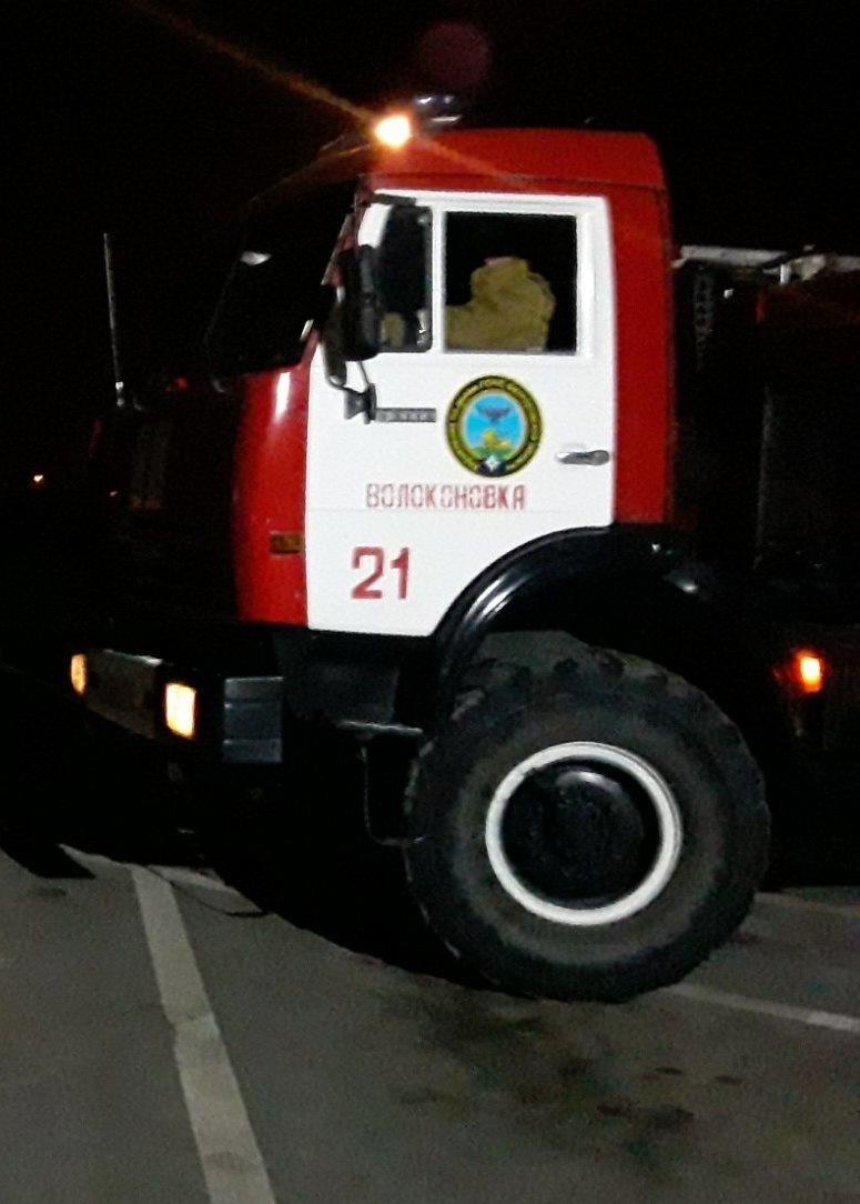 Спасатели МЧС России приняли участие в ликвидации ДТП в поселке Волоконовка Белгородской области